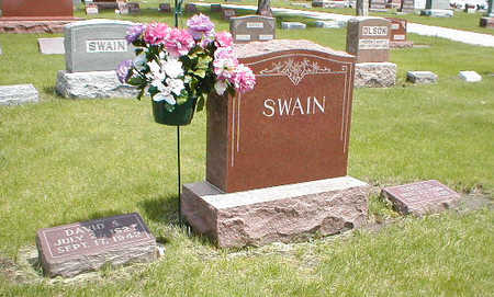 SWAIN, FAMILY MONUMENT - Boone County, Iowa | FAMILY MONUMENT SWAIN