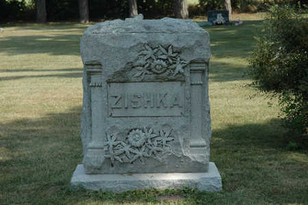 ZISHKA, FAMILY MONUMENT - Clay County, Iowa | FAMILY MONUMENT ZISHKA