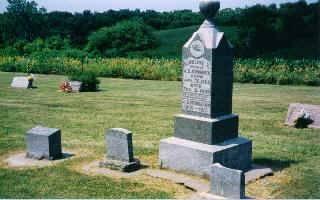 MOMMSEN, J. C. AND CAROLINE - Clinton County, Iowa | J. C. AND CAROLINE MOMMSEN