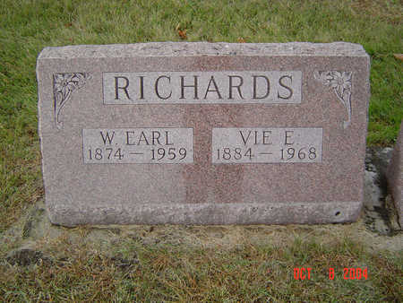 RICHARDS, WARREN EARL - Delaware County, Iowa | WARREN EARL RICHARDS