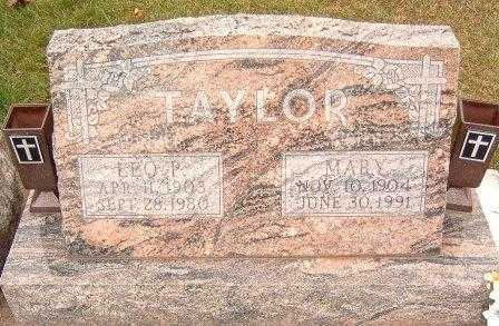 TAYLOR, LEO P. - Dubuque County, Iowa | LEO P. TAYLOR
