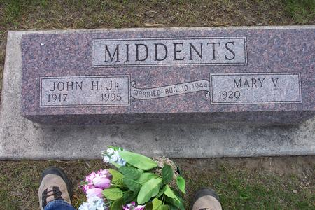 MIDDENTS, MARY V. - Hamilton County, Iowa | MARY V. MIDDENTS
