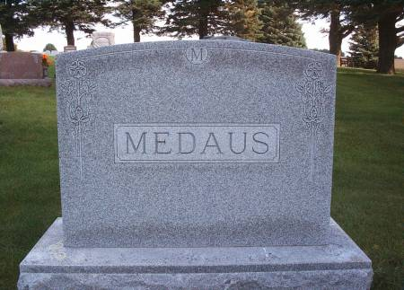 MEDAUS, FAMILY MONUMENT - Hancock County, Iowa | FAMILY MONUMENT MEDAUS