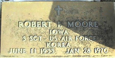 MOORE, ROBERT L. - Jackson County, Iowa | ROBERT L. MOORE