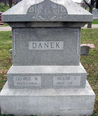 DANEK, GEORGE W. - Linn County, Iowa | GEORGE W. DANEK