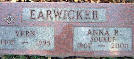EARWICKER, VERN - Linn County, Iowa | VERN EARWICKER