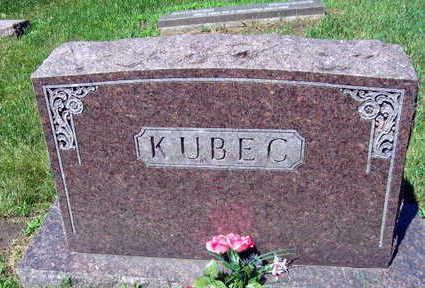 KUBEC, FAMILY STONE   (KUBEC BEZDEK) - Linn County, Iowa | FAMILY STONE   (KUBEC BEZDEK) KUBEC