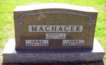MACHACEK, ROBERT L. - Linn County, Iowa | ROBERT L. MACHACEK