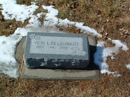 DE LASHMUTT, VICKI L. - Mills County, Iowa | VICKI L. DE LASHMUTT