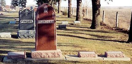 FLINDERS, FAMILY HEADSTONE - O'Brien County, Iowa | FAMILY HEADSTONE FLINDERS