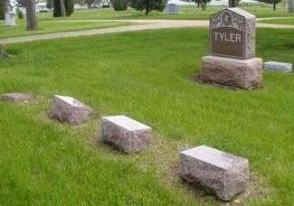 TYLER, FAMILY PLOT - Plymouth County, Iowa | FAMILY PLOT TYLER