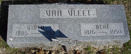 VAN VLEET, BERT & VIOLA - Sac County, Iowa | BERT & VIOLA VAN VLEET