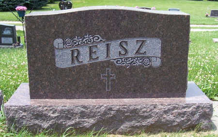 REISZ, CARL F. & CECELIA M. (LOT) - Shelby County, Iowa | CARL F. & CECELIA M. (LOT) REISZ