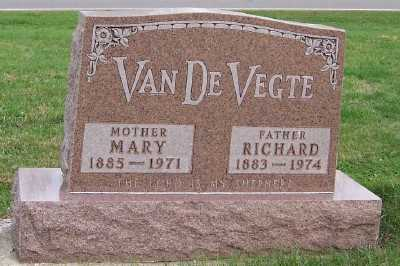 VANDEVEGTE, RICHARD - Sioux County, Iowa | RICHARD VANDEVEGTE