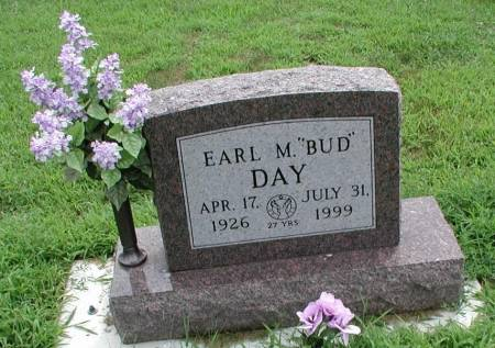 DAY, EARL M (BUD) - Story County, Iowa | EARL M (BUD) DAY