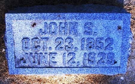 TUCKER, JOHN S - Winneshiek County, Iowa   JOHN S TUCKER
