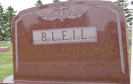 BLEIL, FAMILY MONUMENT - Woodbury County, Iowa | FAMILY MONUMENT BLEIL