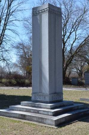 BOOTH, MEMORIAL - Woodbury County, Iowa   MEMORIAL BOOTH